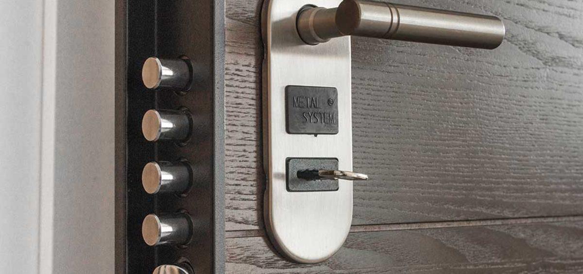 Puerta de seguridad armero